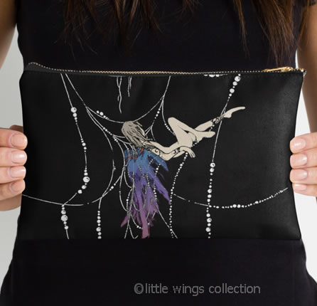 Suspended - Pouch