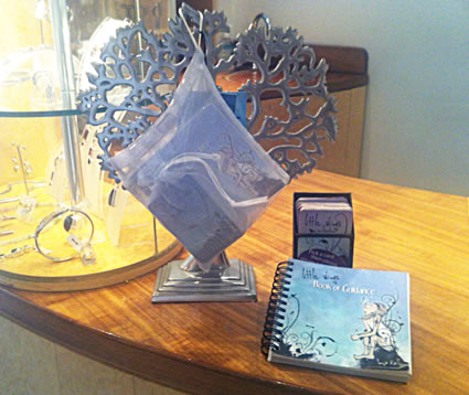 Guidance Oracle Cards Display